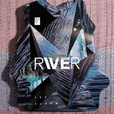 อัลบั้มแรก River