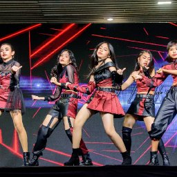 Idol Exchange [2021.04.0304]